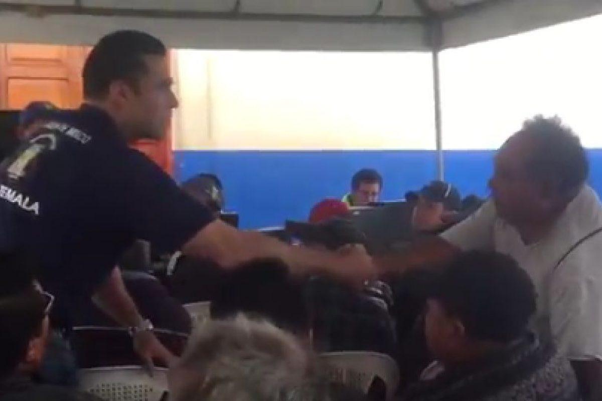 El alcalde de Mixco, Neto Bran, durante un evento. Foto:@EmisorasUnidas