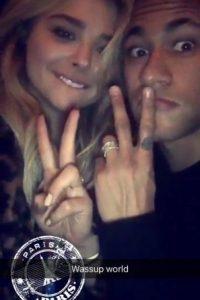 Y se encontró con la actriz Chloe Moretz. Foto:Snapchat @neymarjr