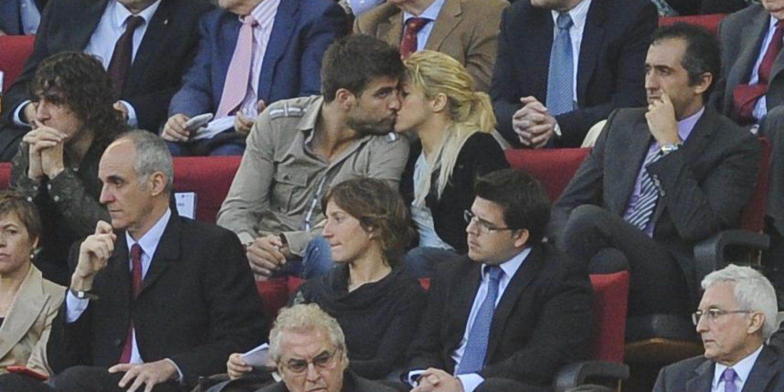 Momentos tiernos de la pareja frente al público Foto:Getty Images