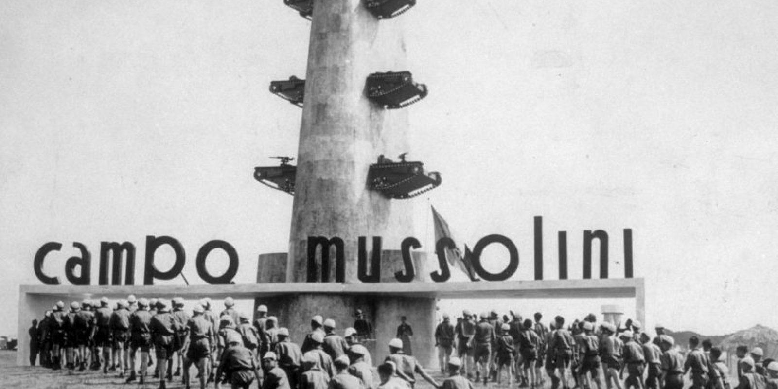 Mussolini se convirtió en un estrecho aliado del canciller alemán Adolf Hitler. Foto:Getty Images