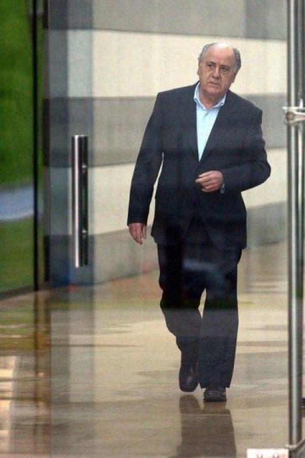 Amancio Ortega fue nombrado el segundo hombre más millonario del mundo por Forbes. Foto:AFP