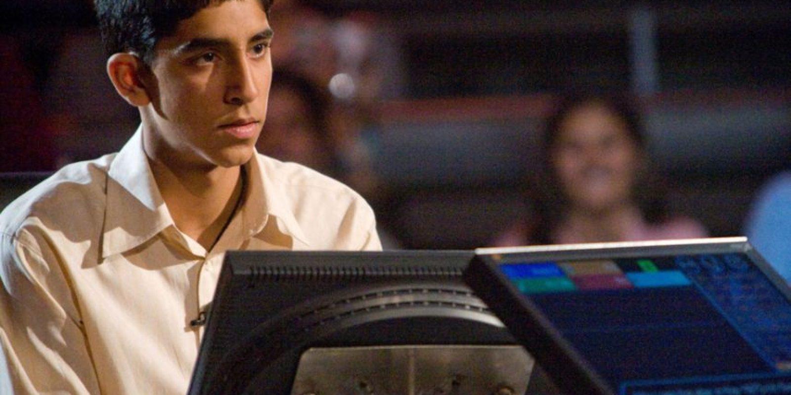 """Dev Patel se hizo famoso por interpretar a """"Jamal"""" en 2008. Foto:vía Warner Bros"""