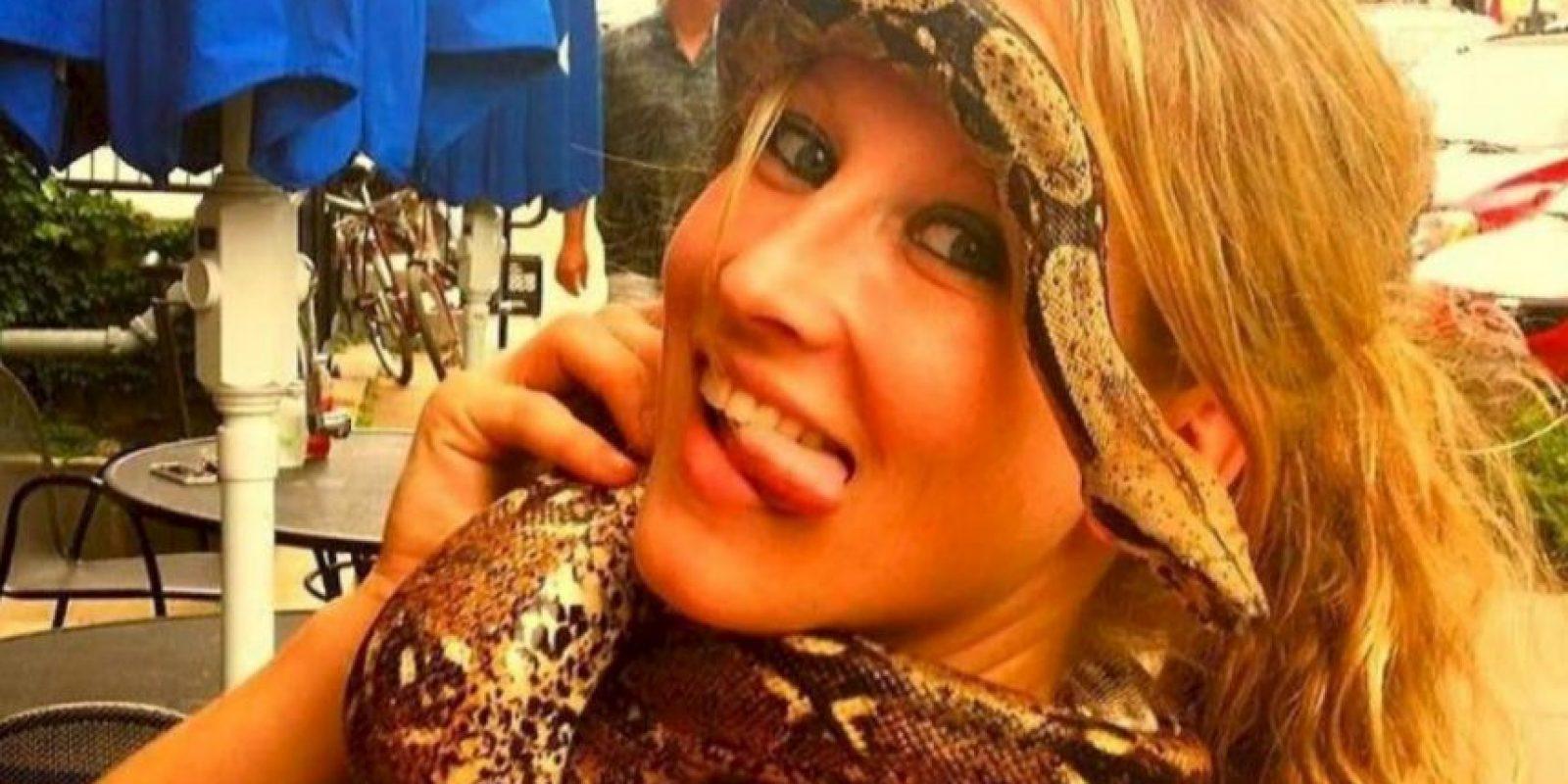 Jacqueline Eide, de 33 años, fue mordida por un tigre el Halloween del año pasado. Foto:ía Facebook