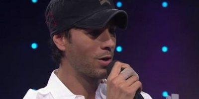 Enrique Iglesias también le agradeció personalmente Foto:Vía Twitter/Univision