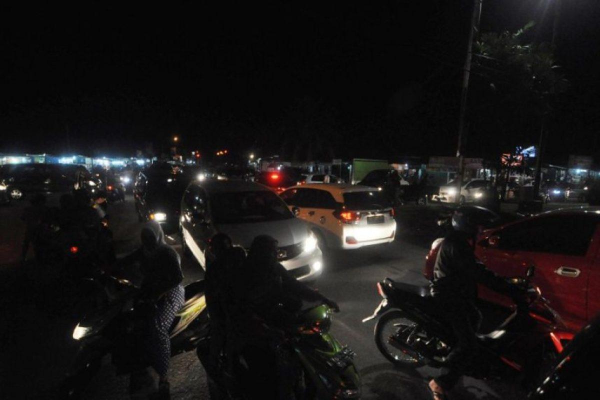 """Indonesia se asienta sobre el llamado """"Anillo de Fuego del Pacífico"""", una zona de gran actividad sísmica Foto:AP"""