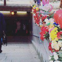 En la estación donde la mujer exhibió la cabeza de la niña Foto:Instagram.com