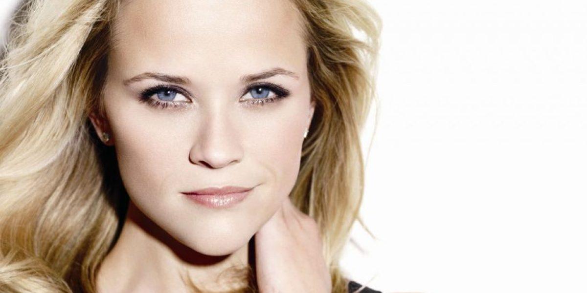 A sus 40 años, así luce Reese Witherspoon en traje de baño y sin Photoshop