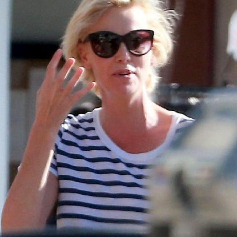 Así luce Charlize en un día común Foto:Grosby Group