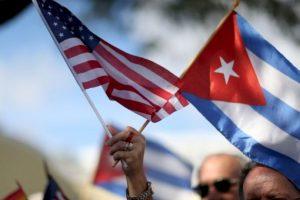 2011 : Obama anuncia la flexibilización de las restricciones de viajes y envío de remesas. Foto:Getty Images
