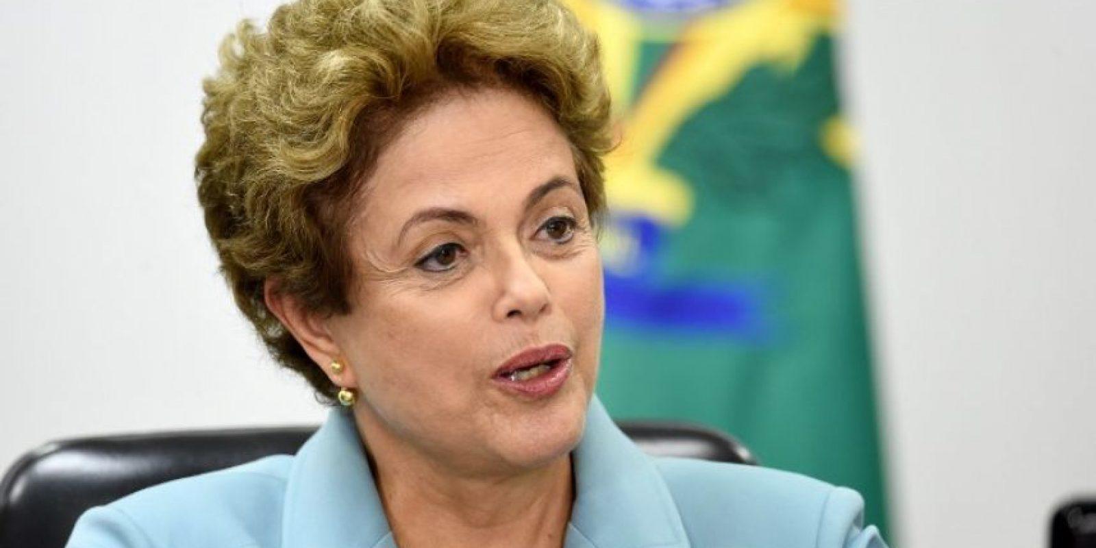 """A Dilma Rousseff se le acusa de haber """"maquillado"""" cuentas públicas de 2014 y 2014 cargando gastos de su campaña presidencial a la reelección Foto:AFP"""