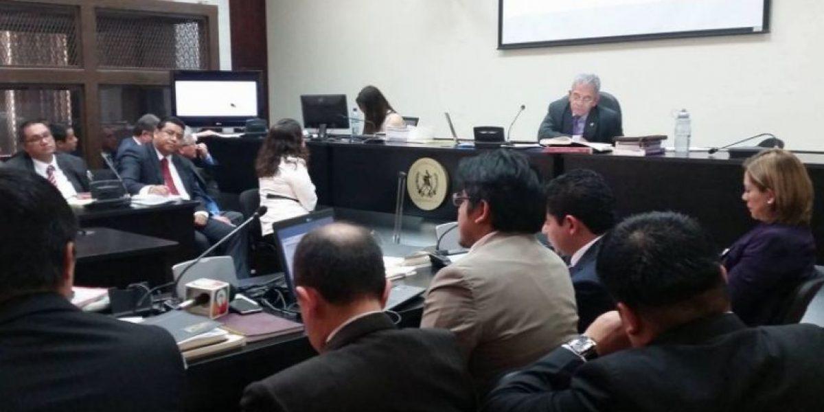 Ligan a proceso a 15 personas por el caso de corrupción en la SAT