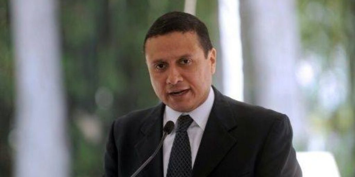 """Embajador de EE. UU. asegura que Canciller Morales es """"valiente"""""""