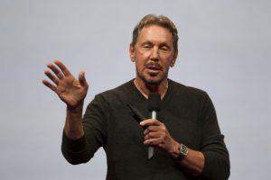 7. Larry Ellison. Con un total para este 2016 de 43 mil 600 millones de dólares. Su compañía,Oracle. Foto:Getty Images