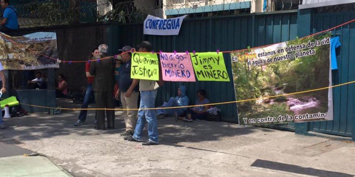 Pobladores de La Puya así celebran cuatro años de resistencia