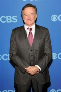 13. Robin Williams /El comediante estadounidense falleció un día después del gol de Ramsey del 10 de agosto de 2014. Foto:Getty Images
