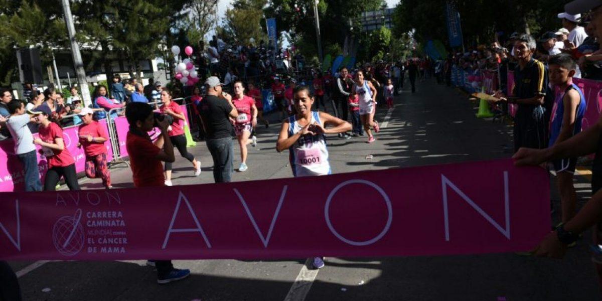 Merlin Chalí, ganadora de la Carrera Caminata AVON 2016