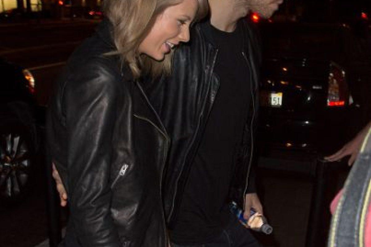 Taylor Swift y Calvin Harris están de manteles largos. Foto:Getty Images