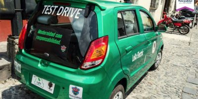 """Dos """"minivehículos"""" para hacer de La Antigua Guatemala una ciudad más verde"""