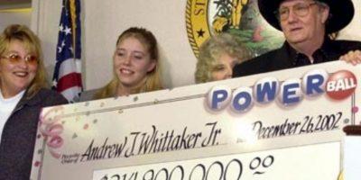 """Andrew """"Jack"""" Whittaker ya era rico cuando en 2002 ganó casi 315 millones de dólares. A pesar de que quiso compartir el efectivo, no pudo escapar de sus propios demonios. Foto:Pinterest"""
