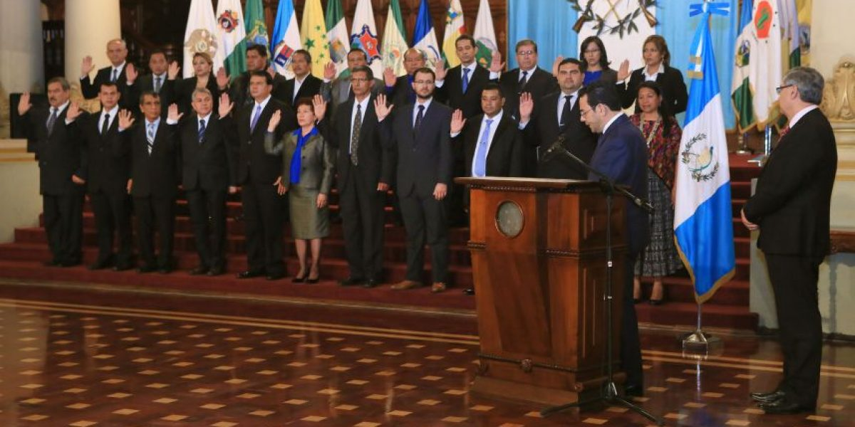 ¡Fin a la incógnita! Luego de ser juramentados, Ejecutivo revela hoja de vida de los 22 gobernadores