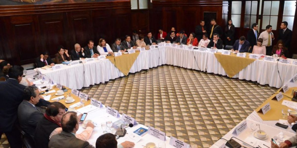 Magistrados del TSE piden que se aprueben las reformas electorales