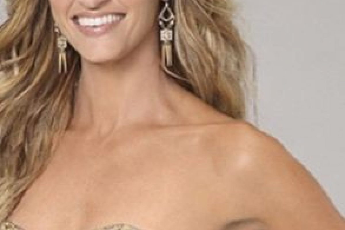 Es una de las periodistas deportivas más famosas de Estados Unidos y el mundo Foto:Vía instagram.com/erinandrews