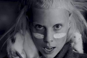 Yolandi Vi$$ser se ha hecho toda una estrella desde 2008. Foto:vía VEVO/Die Antwoord