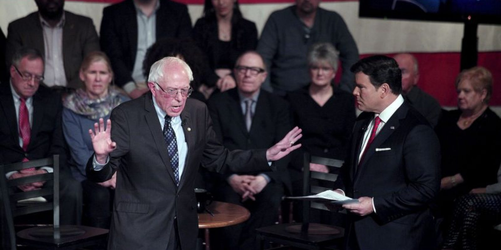 Clinton logró imponerse ante Sanders. Foto:AFP