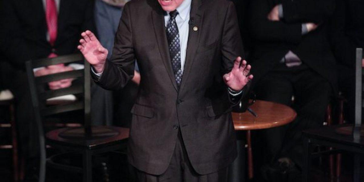 Bernie Sanders vence a Hillary Clinton en Michigan
