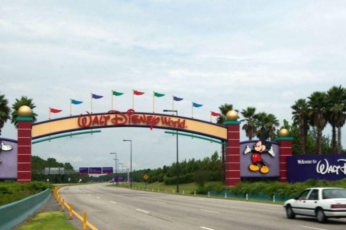 Una investigación de CNN reveló que desde 2006, 35 empleados de Disney han sido arrestados. Asimismo, de la investigación se desprendió que también se han arrestado empleados de Sea World y de Universal Studios. Foto:Getty Images
