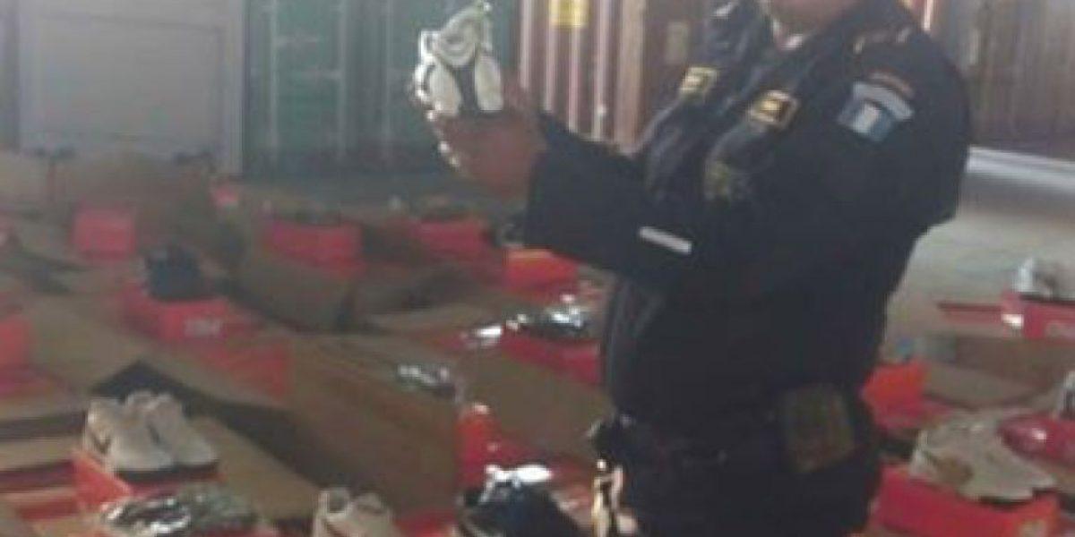 Dipafront localiza contenedor con 35 mil pares de tenis falsos