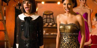 """Lea Michele vs Naya Rivera. Estas dos chicas han trabajado juntas en """"Glee"""" desde 2009, pero hace muchísimo tiempo que no posan para las cámaras estando juntas fuera del set. Se rumora que protagonizaron más de una discusión durante el rodaje de la serie. Foto:Getty Images"""