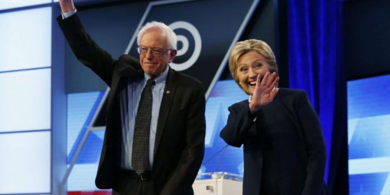 Bernie Sanders y Hillary Clinton, precandidatos presidenciales demócratas, fueron noticia después de su más reciente debate en Miami. Foto:AP