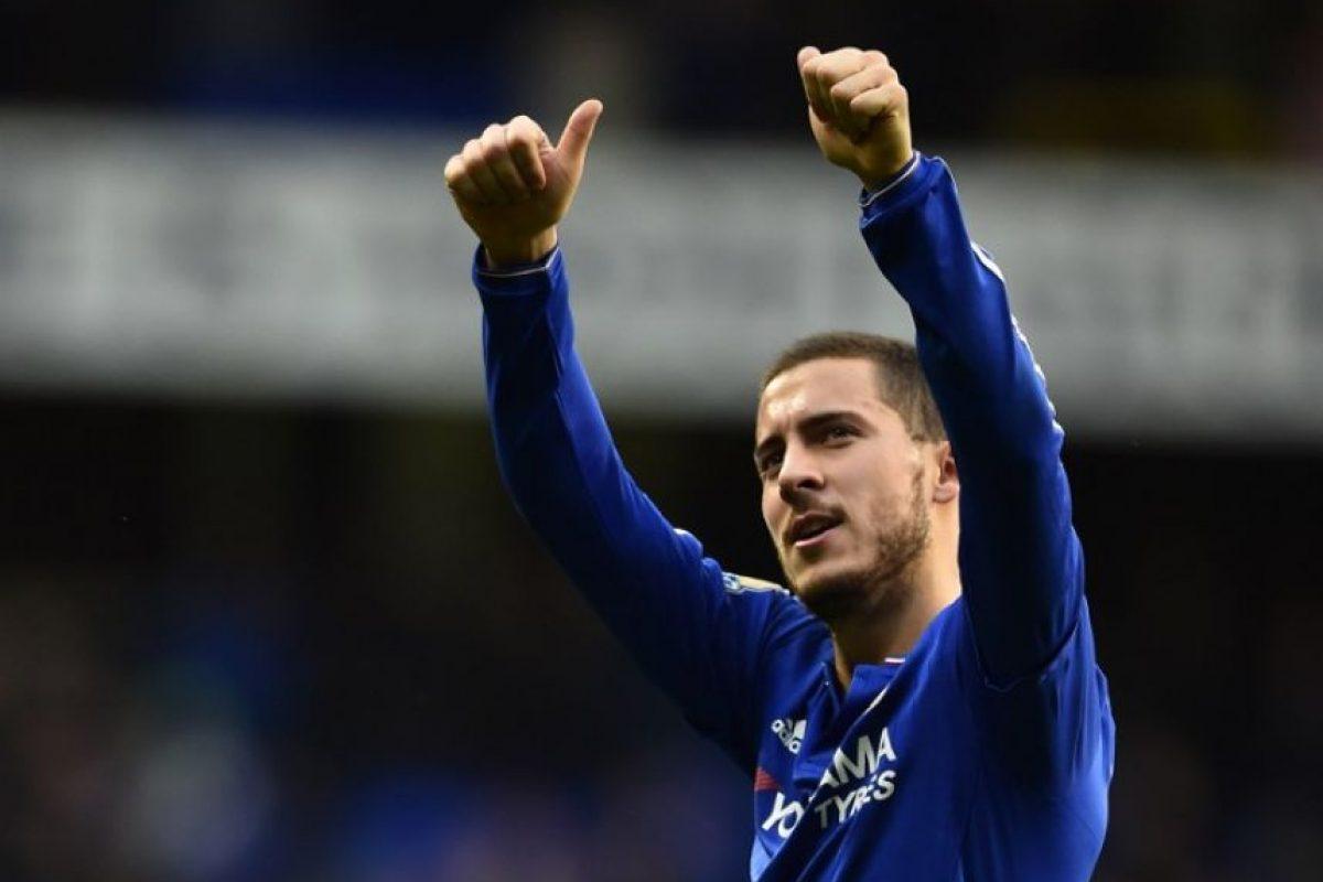 El jugador belga del Chelsea, Eden Hazard, festeja en un partido. Foto:AFP