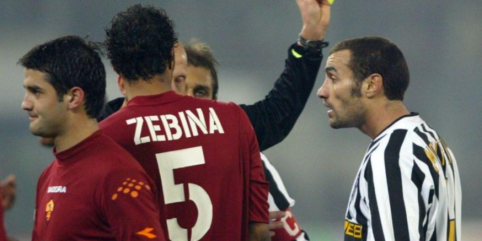 El uruguayo Paolo Montero durante un partido con la Juventus, en Italia. Foto:AFP
