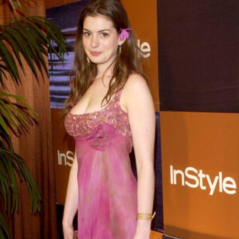9. Irse como si se hubiera acabado de levantar, como Anne Hathaway. Foto:vía Getty Images