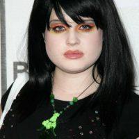 16. Sombras de colores extraños, desparramadas sobre los ojos. Foto:vía Getty Images