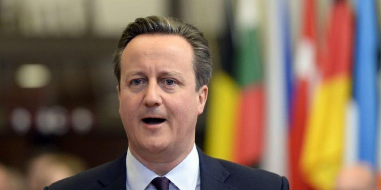 El ministro británico, David Cameron, hace un gesto durante una reunión. Foto:AFP