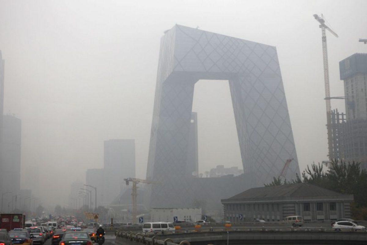 El dióxido de carbono en la atmósfera registró un aumento récord de 3,05 partes por millón (ppm) en 2015. Foto:Getty Images