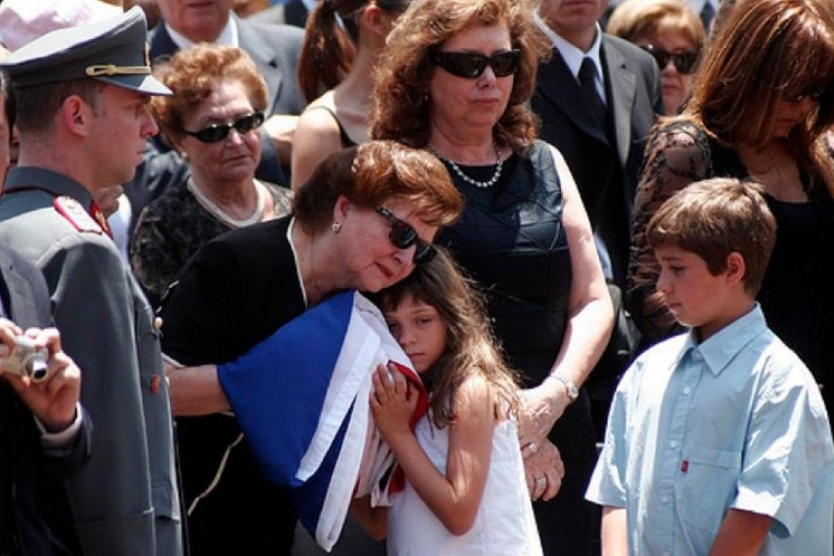 Lucía Hiriart, viuda de Augusto Pinochet, fue internada en Hospital Militar de Santiago de Chile Foto:Wikipedia.org