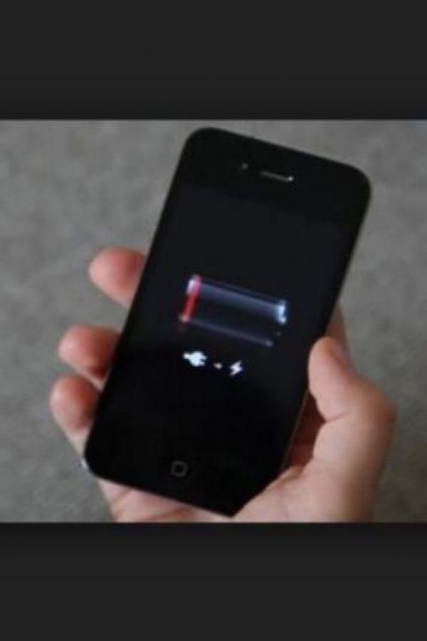Los cargadores genéricos no tienen el rendimiento adecuado para sus dispositivos e inclusive los pueden afectar. Foto:Tumblr