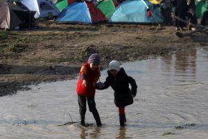 Hasta ahora la OIM tiene registrado que 150 mil migrantes llegaron a las costas de Grecias e Italia Foto:AFP