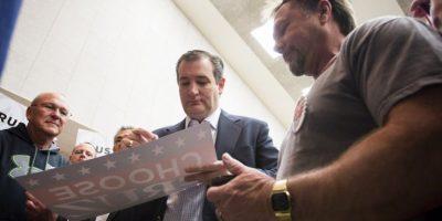 Quien va detrás del magnate es Ted Cruz quien es la alternativa de los republicanos para detener la su carrera. Foto:AFP