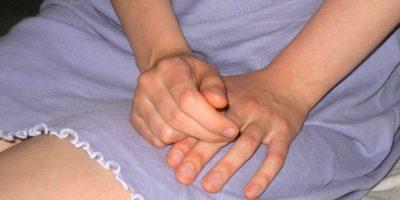 La OMS define violencia sexual la tentativa de consumar un acto sexual, los comentarios o insinuaciones sexuales no deseados, o las acciones para comercializar la sexualidad. Foto:Flickr.com