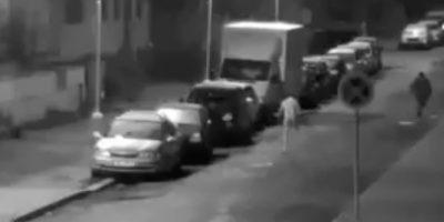 VIDEO. Se creyó hombre lobo y salió a las calles a atacar