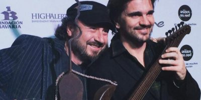 La eterna compañera de Juanes: Su guitarra Foto: Getty Images