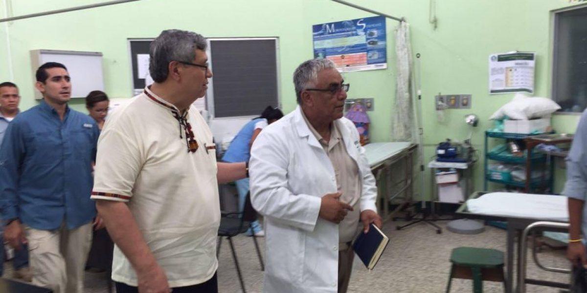 Vicepresidente Jafeth Cabrera visitó el Hospital Nacional de Izabal