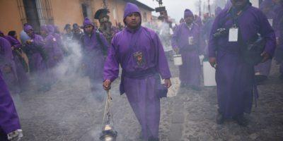 EN IMÁGENES. Así se vive la procesión Jesús de la Caída en La Antigua Guatemala