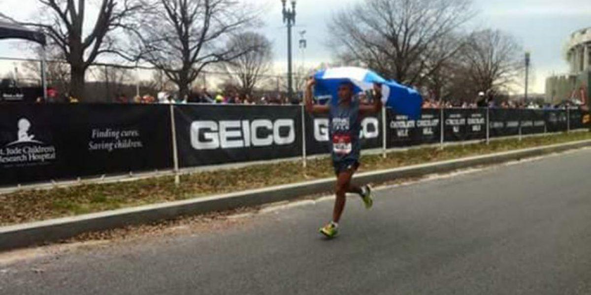 Alfredo Arévalo ganador del Maratón Rock n' Roll en Washington