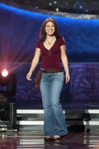 A favor de Kelly Clarkson, esos pantalones volvieron. Foto:vía Getty Images